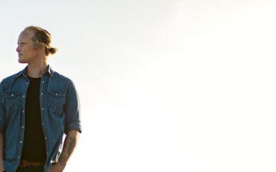 Len Muller's latest album, Oorgenoeg speaks to the heart